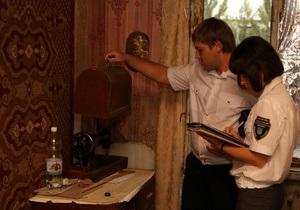 Блогер рассказал, как в Донецке у пенсионерки за долги пытались отобрать старую швейную машинку