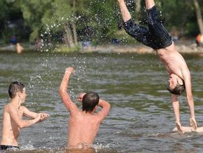 В Киеве на выходных утонуло два человека
