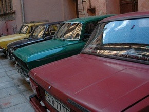 Паркинг на месте исторического музея в Киеве организовали столичные власти
