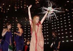 В финале Евровидения-2010 Alyosha выступает семнадцатой