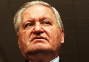 Янукович назначил Тихонова послом Украины в Беларуси