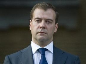 Медведев при назначении посла впервые применил формулировку  на Украине