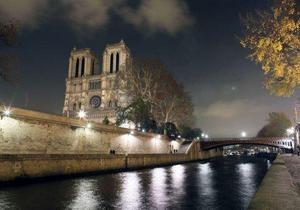 Франция отмечает 850-летие Нотр-Дам де Пари