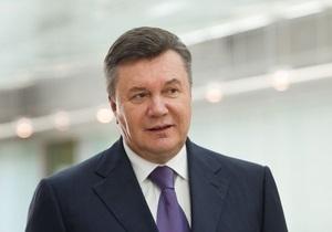 Янукович подписал закон о введении биометрических паспортов