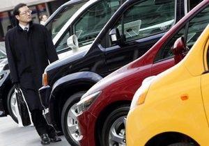В Пекине для борьбы с пробками ограничили продажи автомобилей