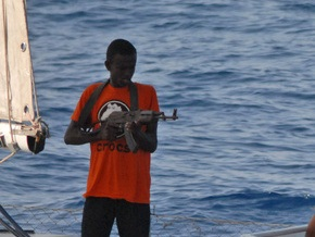 Сомалийские пираты освободили индийское судно спустя пять дней после захвата