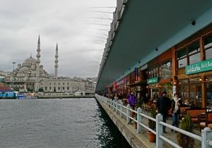 Турция вводит запрет на распитие спиртного в общественных местах