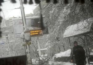 В Украине жители 64 населенных пунктов встретили Новый год без света