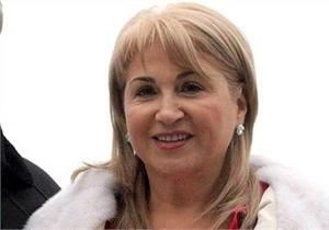 Айвазова заявила, что подала на развод, чтобы повысить рейтинг Черновецкого