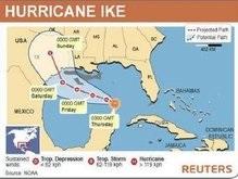 Айк все ближе к США: в Техасе началась массовая эвакуация