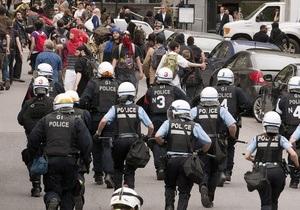 Власти Квебека пытаются усмирить студентов, протестующих против повышения платы за обучение