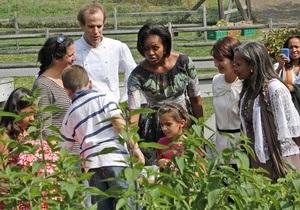 Мишель Обама приготовила подарки женам мировых лидеров, приехавших на Генассамблею ООН
