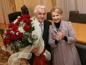 СМИ: Тимошенко и Литвин пообещали мэрам продлить срок их полномочий