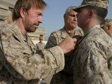 Американские солдаты в Ираке боготворят Чака Норриса