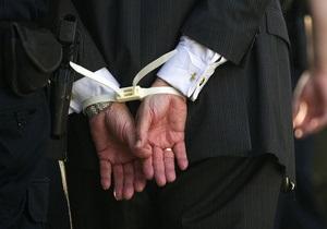 В Виннице иностранец развращал двух 13-летних девочек