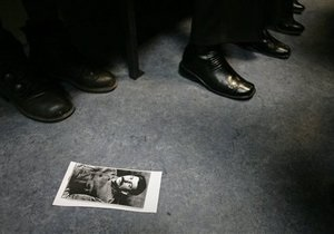Татары сорвали выставку о Сталине