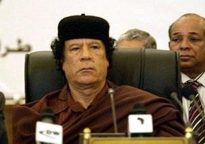 Каддафи позвонил премьеру Греции, чтобы рассказать о вариантах развития событий в Ливии