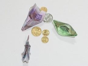 24: Долларовые сбережения украинцев в банках могут принудительно перевести в гривну