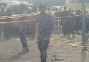 В столице Йемена на спальный район упал истребитель, есть жертвы
