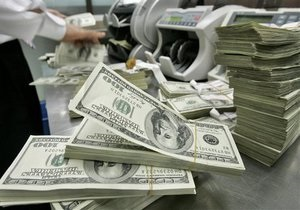 Торги на межбанке открылись в диапазоне 8,01-8,03 гривны за доллар