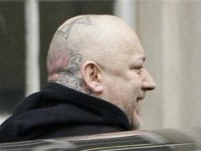 Певца Боя Джорджа приговорили к 15 месяцам лишения свободы