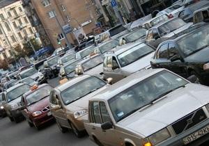Импорт легковых авто в Украину вырос на 13%