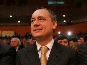 Мартыненко заявил, что Луценко отправить в отставку невозможно