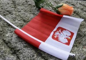 В Польше поезд столкнулся с пассажирским автобусом, есть жертвы