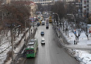Киевавтодор начал ремонтировать столичные дороги