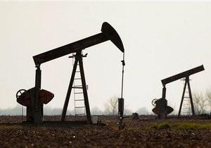 Мировые цены на нефть упали почти на четыре доллара