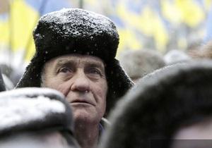НГ: Украина между дефолтом и социальным взрывом