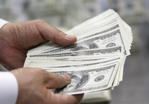 Курсы наличной валюты: Доллар и евро незначительно снизились
