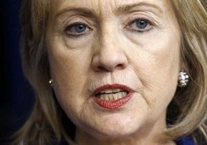 Хиллари Клинтон: Каддафи ищет пути бегства из страны