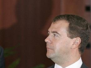 Западные СМИ: Медведев возвращается к ситуации времен холодной войны