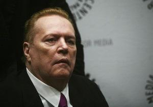 В фильмах короля порно Ларри Флинта нашли опасное для жизни поведение