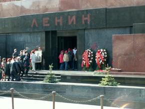 Флеш-моб из 50  мумий  пройдет на Красной площади в Москве