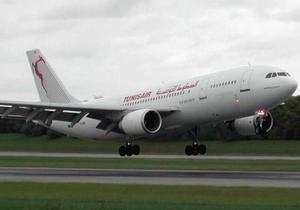 Крупнейший авиаперевозчик Туниса отменил все рейсы на пятницу