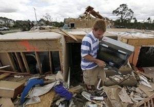 Торнадо и грозы стали причиной гибели четырех человек в США. Вашингтон готовится к удару стихии