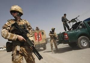 В Афганистане по международному аэропорту выпустили около 10 ракет