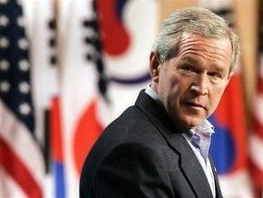 На Бродвее поставили спектакль о Буше