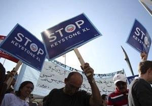 В Вашингтоне более 8 тысяч человек митингуют против строительства нефтепровода