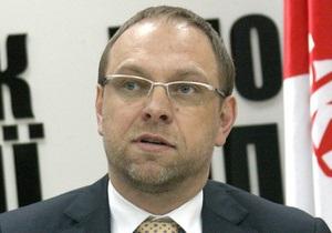 Власенко считает, что больницу для Тимошенко должны выбрать немецкие врачи
