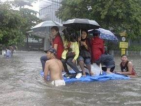 Небывалое наводнение парализовало Филиппинские острова