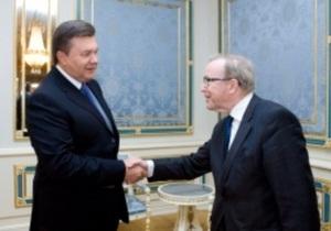 Янукович встретился с президентом Европейской народной партии