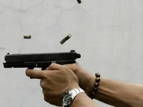 Помощник депутата ВР и депутат Броварского совета устроили стрельбу возле McDonald s