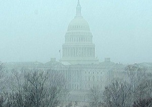 США - снег - В Вашингтоне из-за снега закрыты школы и госучреждения