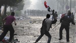 В Каире произошли новые столкновения: десятки ранены