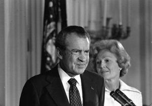 В США обнародовали показания Никсона по Уотергейтскому делу