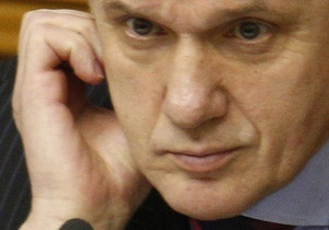 Литвин предложил выяснить, каким образом Ахметов зарегистрировался при отсутствии в Раде