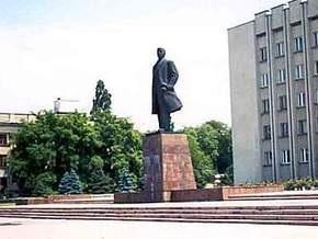 В Измаиле памятнику Ленина приделали рога